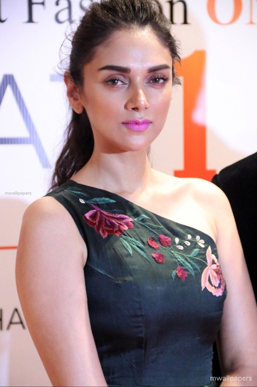 Aditi Rao Hydari Beautiful HD Photoshoot Stills (1080p) (30958) - Aditi Rao Hydari
