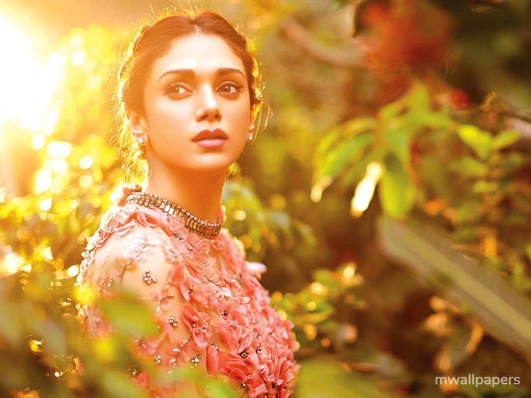 Aditi Rao Hydari Cute HD Photos (1080p) (31043) - Aditi Rao Hydari