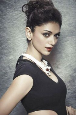 Aditi Rao Hydari Cute HD Photos (1080p) - aditi rao hydari,hd photos,kollywood,tollywood,bollywood