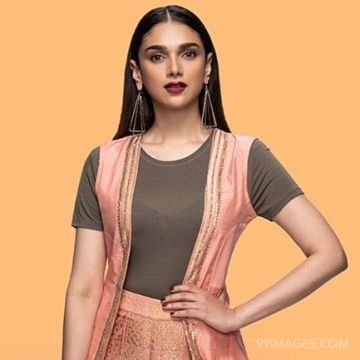 Aditi Rao Hydari HD Wallpapers (Desktop Background / Android / iPhone) (1080p, 4k)