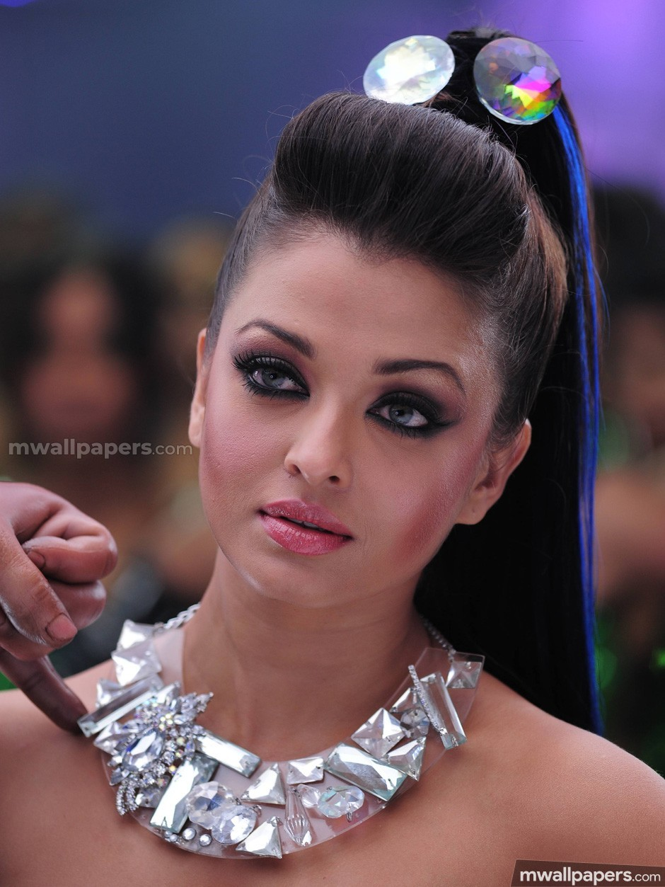 Aishwarya Rai Beautiful HD Photoshoot Stills (1080p) - aishwarya rai ,actress,kollywood