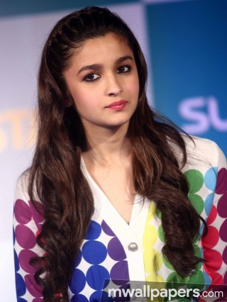 Alia Bhatt Beautiful HD Photoshoot Stills (1080p)