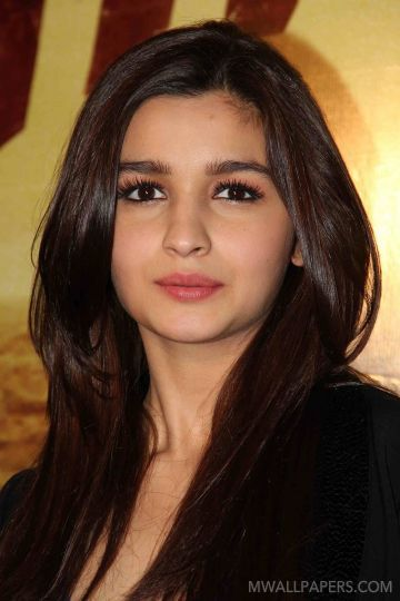 Alia Bhatt Cute HD Photos (1080p)