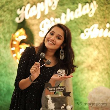 Anikha Surendran HD Wallpapers (Desktop Background / Android / iPhone) (1080p, 4k)
