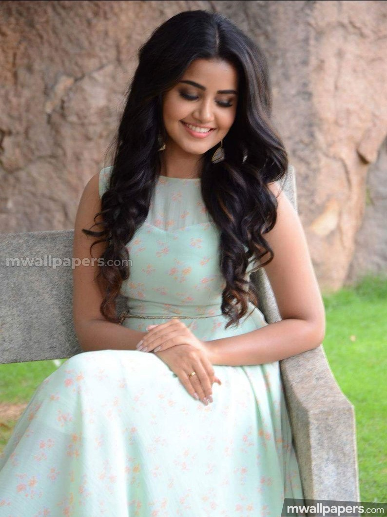 Anupama Parameswaran Beautiful HD Photos (1080p) (11924) - Anupama Parameswaran