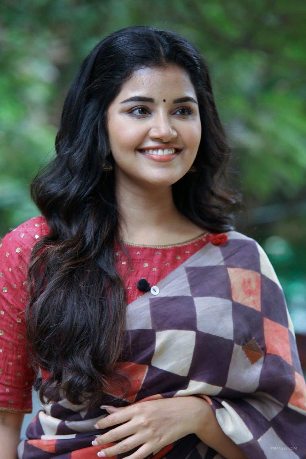 Anupama Parameswaran HD Wallpapers (Desktop Background / Android / iPhone) (1080p, 4k) (82428) - Anupama Parameswaran