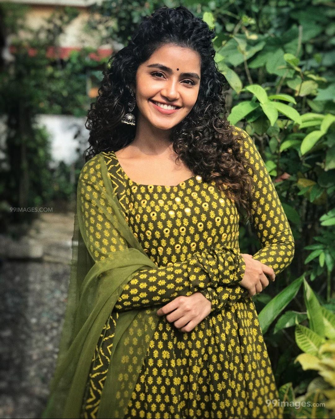 Anupama Parameswaran HD Wallpapers (Desktop Background / Android / iPhone) (1080p, 4k) (197357) - Anupama Parameswaran
