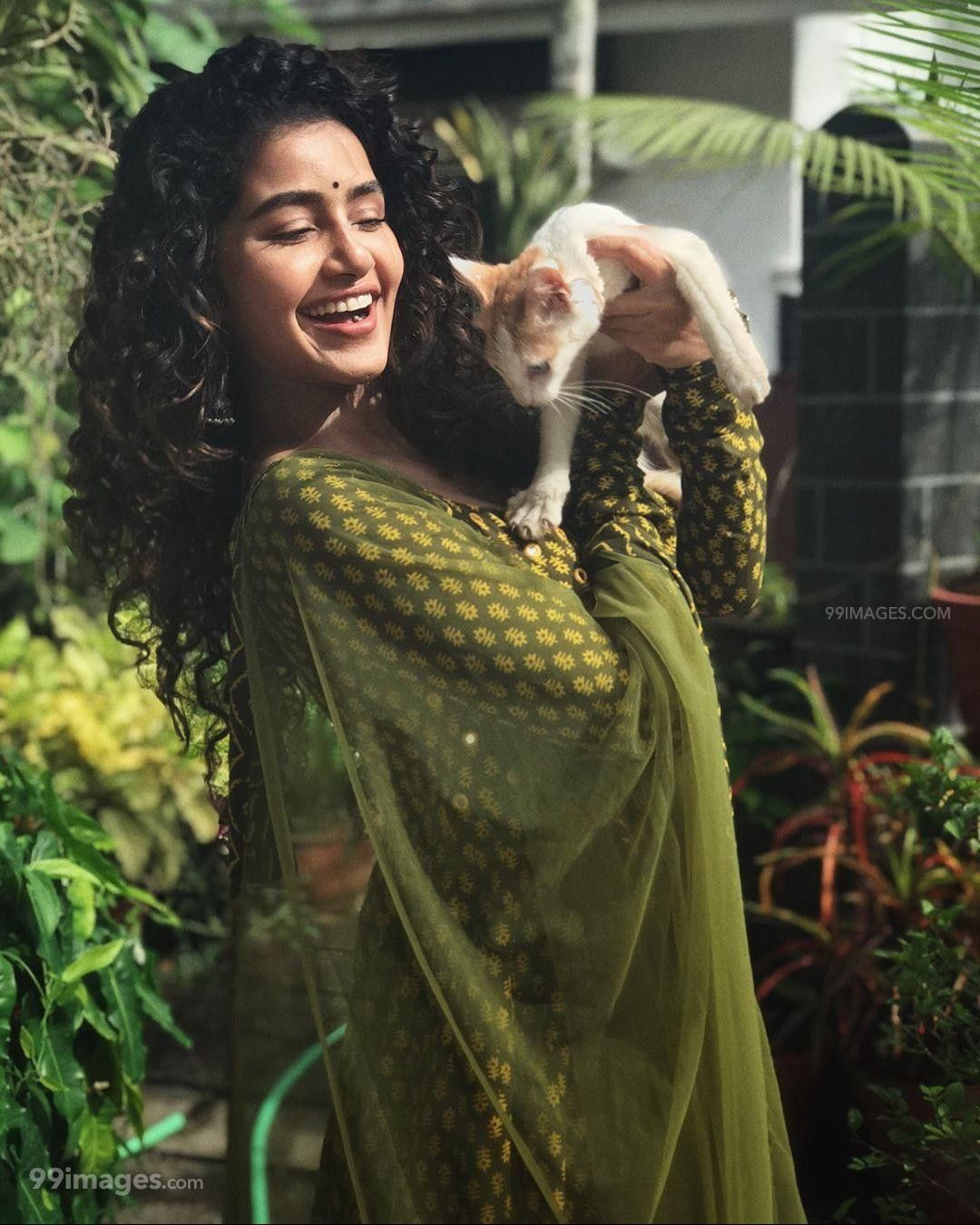 Anupama Parameswaran HD Wallpapers (Desktop Background / Android / iPhone) (1080p, 4k) (197360) - Anupama Parameswaran