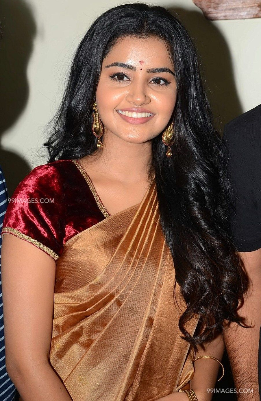 Anupama Parameswaran HD Wallpapers (Desktop Background / Android / iPhone) (1080p, 4k) (81784) - Anupama Parameswaran