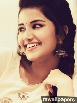 Anupama Parameswaran Beautiful HD Photos (1080p) - anupama,anupama parameswaran,kollywood,tollywood,mollywood,actress