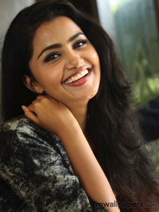 Anupama Parameswaran Latest HD Images (1080p)
