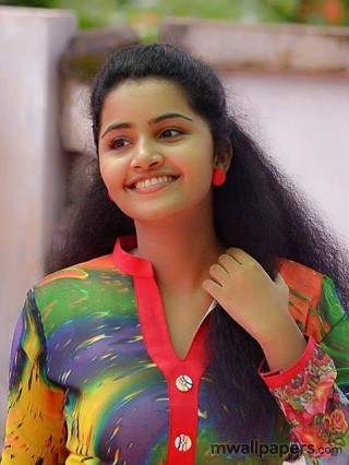 Anupama Parameswaran Latest HD Images (1080p) - anupama,anupama parameswaran,actress,tollywood,kollywood,mollywood