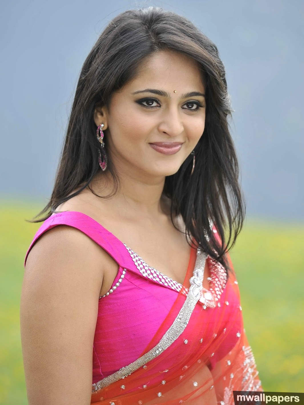 Anushka Shetty Beautiful HD Photoshoot Stills (1080p) (8915) - Anushka Shetty