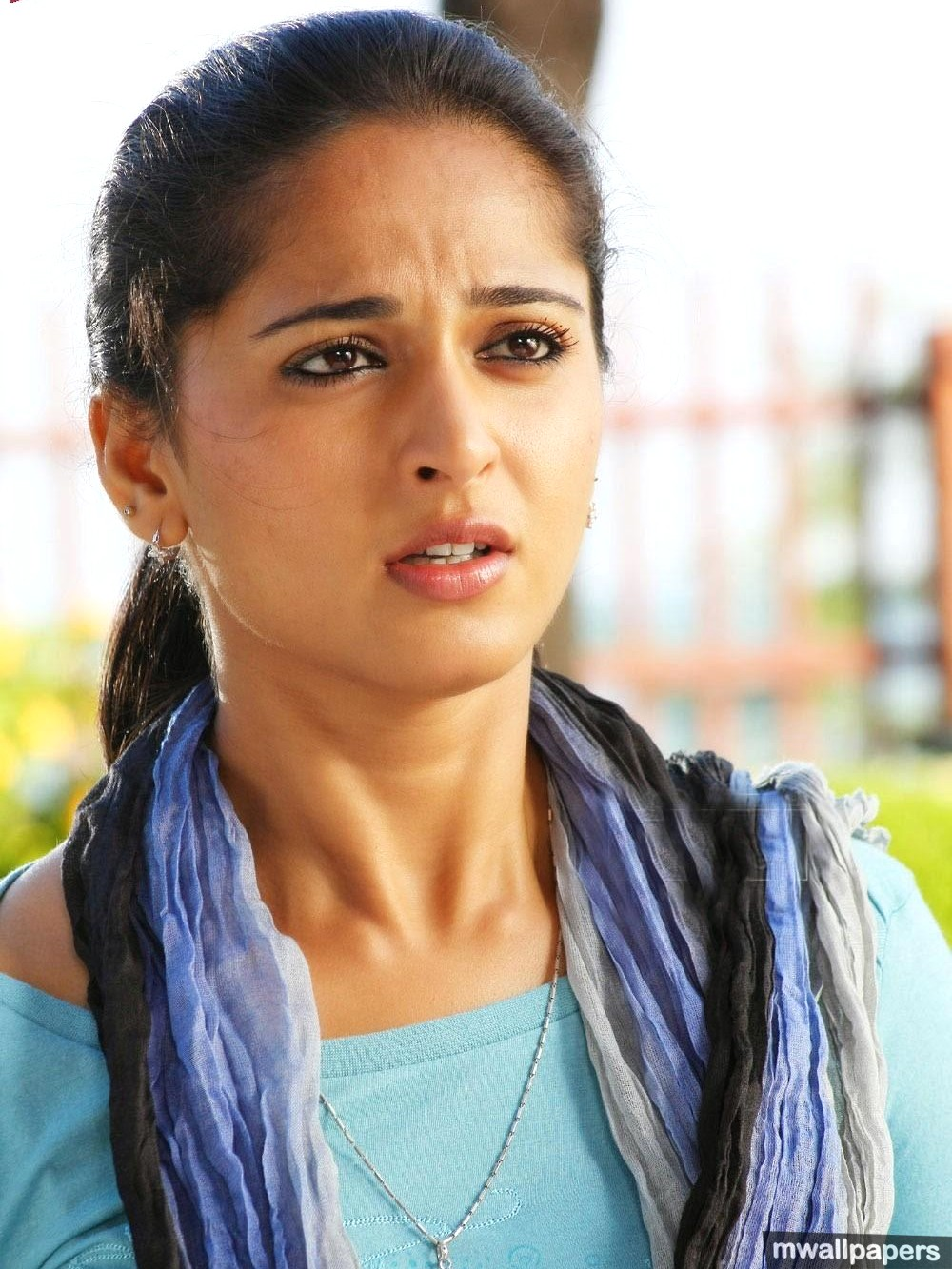 Anushka Shetty Beautiful HD Photoshoot Stills (1080p) (8910) - Anushka Shetty