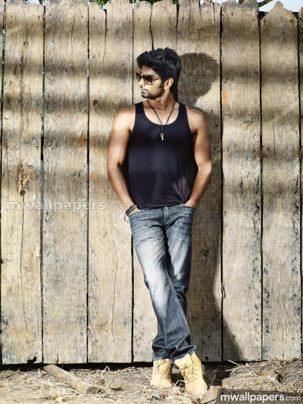 Atharvaa Best HD Photos (1080p)