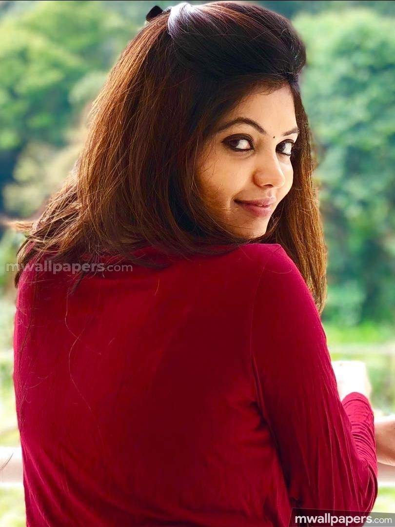 Athulya Ravi Beautiful HD Photos (1080p) (12336) - Athulya Ravi