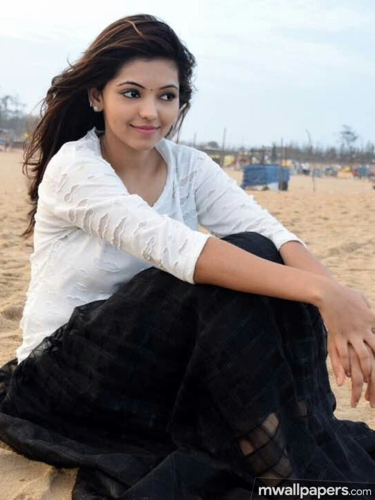 Athulya Ravi Beautiful HD Photos (1080p) (12345) - Athulya Ravi