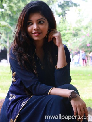 Athulya Ravi Latest HD Photos (1080p)