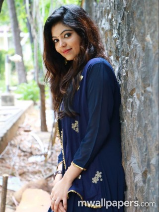 Athulya Ravi Latest HD Photoshoot Stills (1080p)