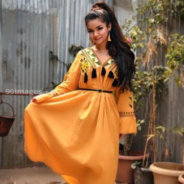 Avneet Kaur HD Wallpapers (Desktop Background / Android / iPhone) (1080p, 4k)