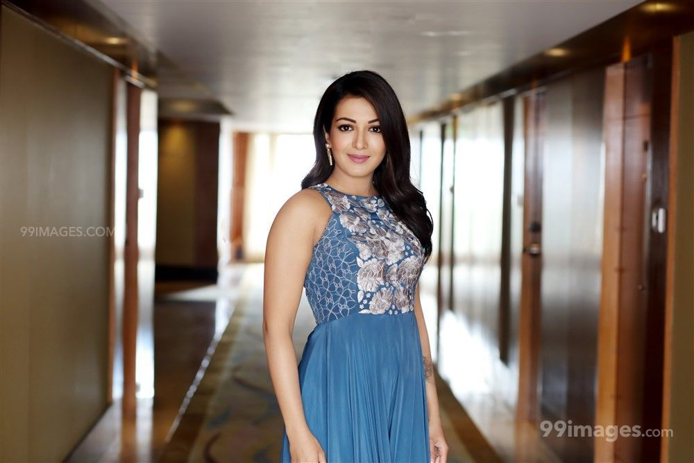 Catherine Tresa HD Wallpapers (Desktop Background / Android / iPhone) (1080p, 4k) (59721) - Catherine Tresa