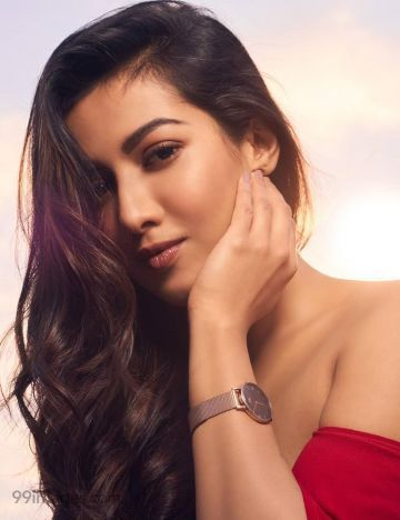 Catherine Tresa HD Wallpapers (Desktop Background / Android / iPhone) (1080p, 4k)