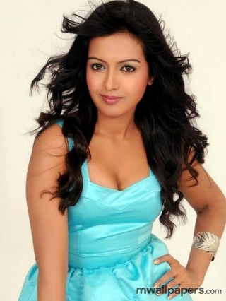 Catherine Tresa Latest HD Images [1080p]