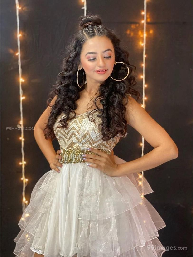 Helly Shah HD Wallpapers (Desktop Background / Android / iPhone) (1080p, 4k)