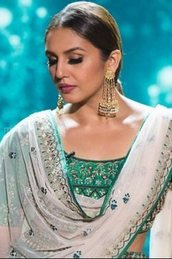 Huma Qureshi Beautiful HD Photos (1080p)