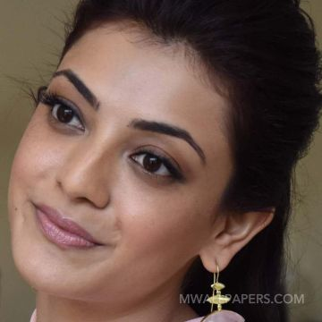 Kajal Agarwal Hot Face Expression Images / Wallpapers HD Wallpapers (Desktop Background / Android / iPhone) (1080p, 4k)