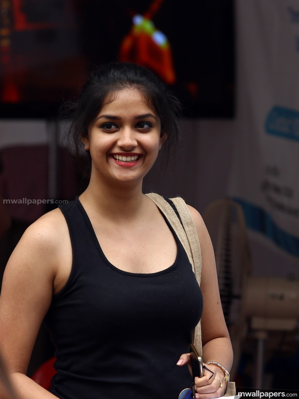 Keerthy Suresh Beautiful HD Photos (1080p) (13421) - Keerthy Suresh
