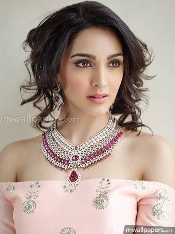 Kiara Advani Cute HD Photos (1080p) (24510) - Kiara Advani