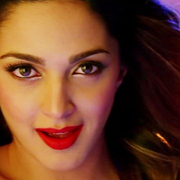Kiara Advani HD Wallpapers (Desktop Background / Android / iPhone) (1080p, 4k)