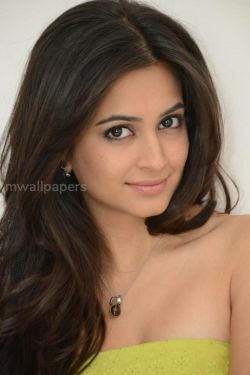 Kriti Kharbanda Beautiful HD Photoshoot Stills (1080p)