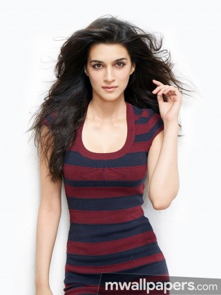 Kriti Sanon Cute HD Photos (1080p)