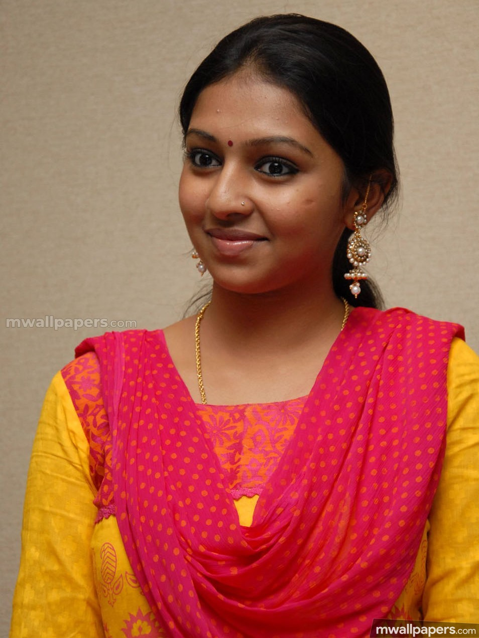 Lakshmi Menon Beautiful HD Photoshoot Stills (1080p) (27815) - Lakshmi Menon