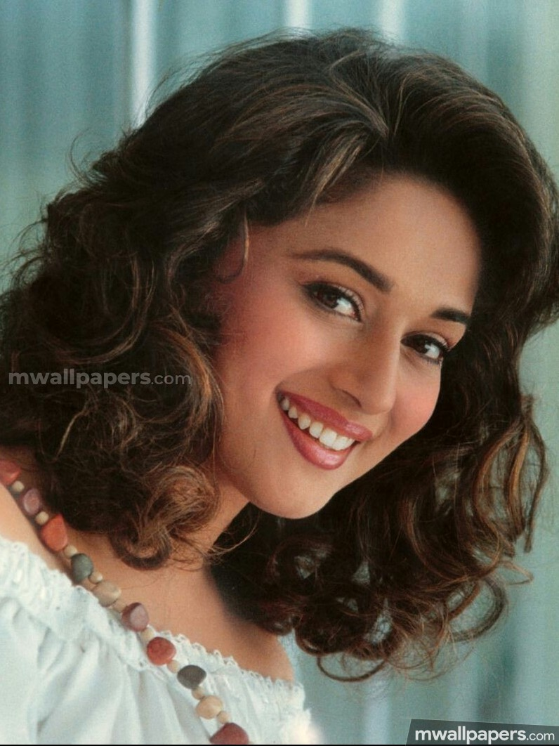 Madhuri Dixit Beautiful HD Photos (1080p) (23156) - Madhuri Dixit