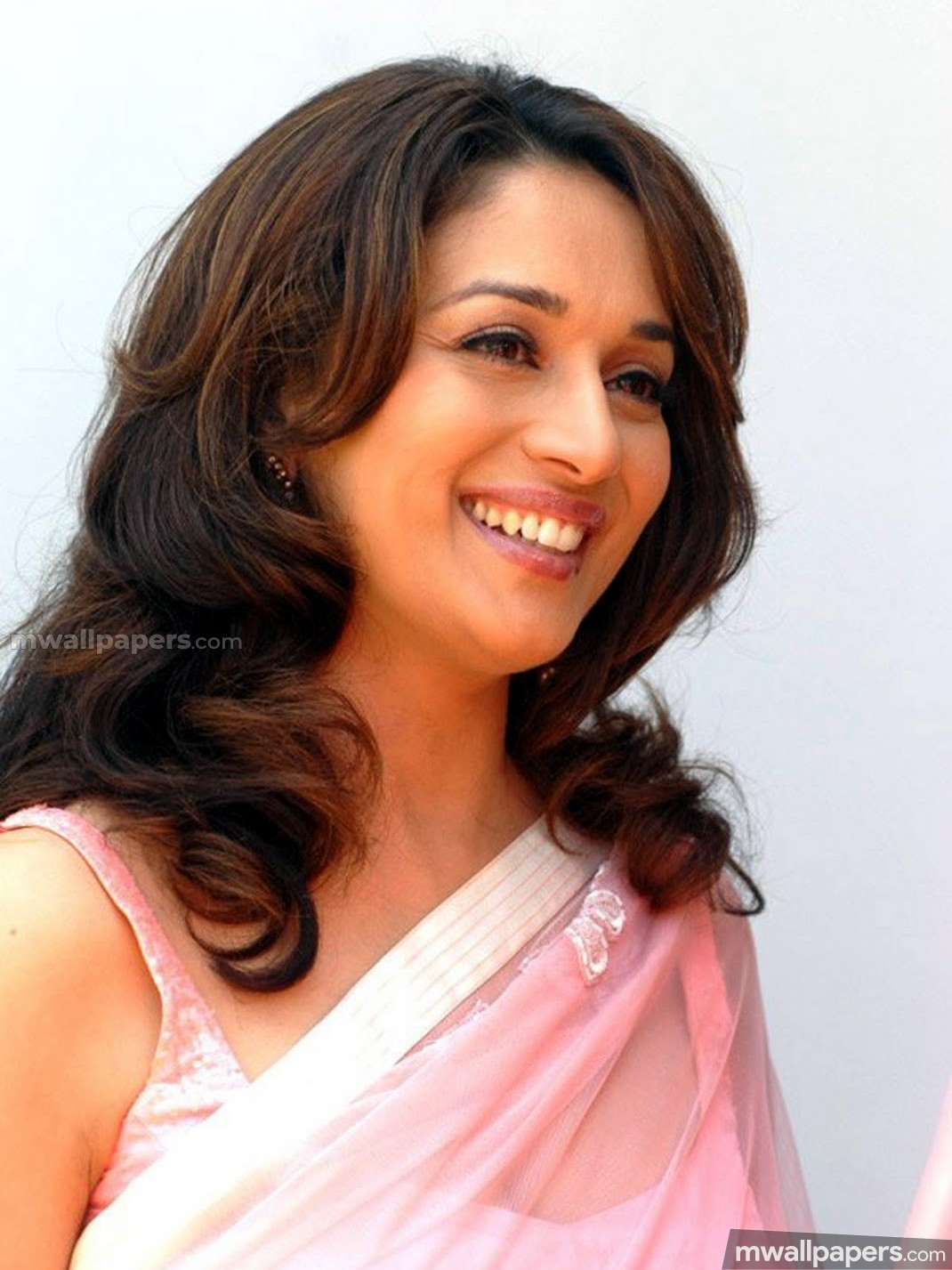 Madhuri Dixit Cute HD Photos (1080p) (23241) - Madhuri Dixit