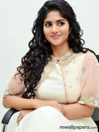Megha Akash HD Images & Wallpapers