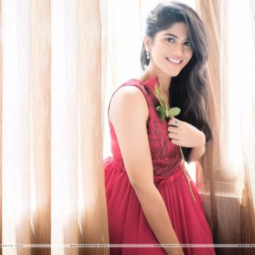 Megha Akash HD Wallpapers (Desktop Background / Android / iPhone) (1080p, 4k)