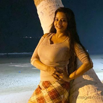 Mona Lisa (Antara Biswas) HD Wallpapers (Desktop Background / Android / iPhone) (1080p, 4k)