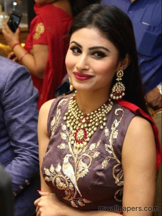 Mouni Roy HD Images & Wallpapers (3710) - Mouni Roy