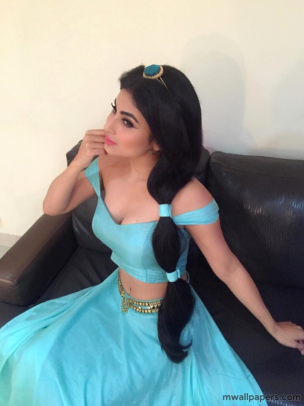 Mouni Roy HD Images & Wallpapers (3715) - mouni, mouni roy, actress, bollywood, gold movie