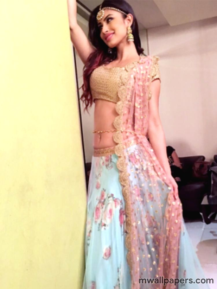 Mouni Roy HD Images & Wallpapers (3684) - Mouni Roy