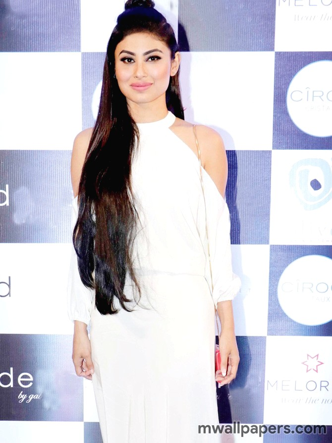 Mouni Roy HD Photos & Wallpapers (3800) - Mouni Roy