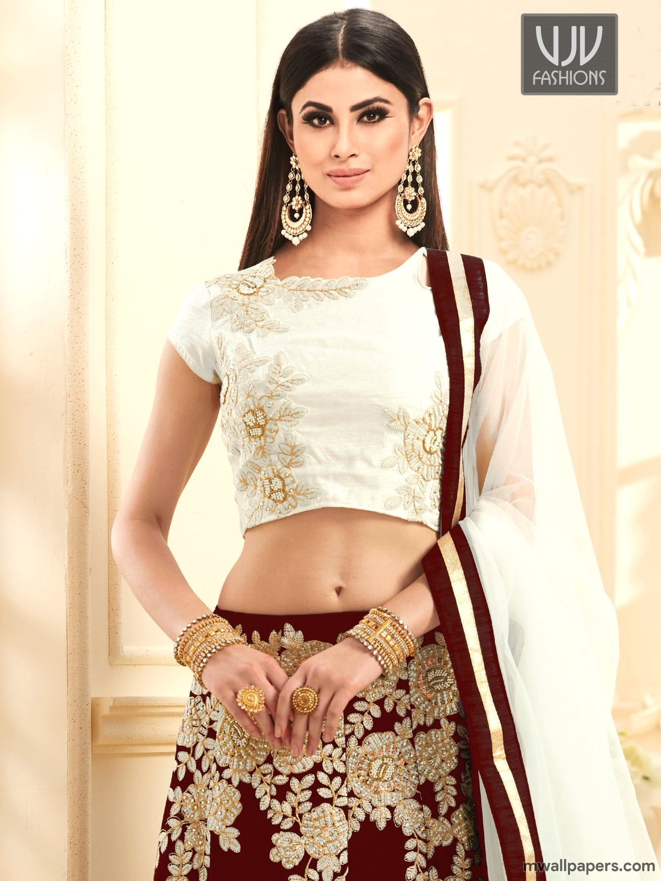 Mouni Roy HD Photos & Wallpapers (3891) - Mouni Roy