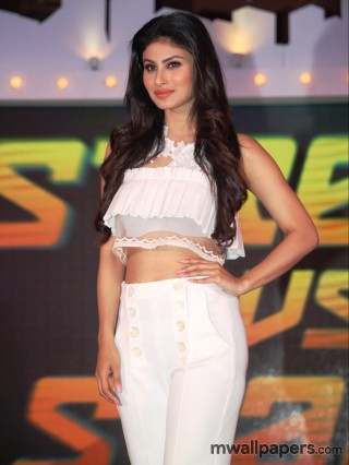 Mouni Roy Hot Images HD