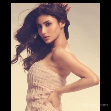Mouni Roy HD Wallpapers (Desktop Background / Android / iPhone) (1080p, 4k)