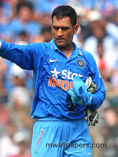 MS Dhoni HD Photos (2011) - MS Dhoni