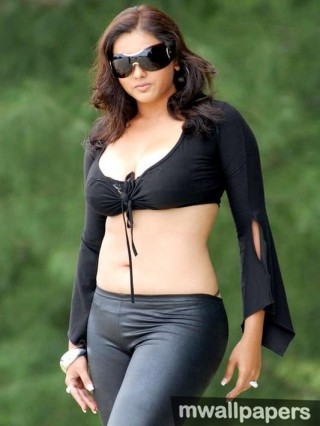 Namitha  Beautiful HD Photoshoot Stills (1080p)